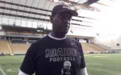 Kenny Holmes on Vandal defensive line