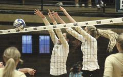 Volleyball: Vandals Keep Rolling